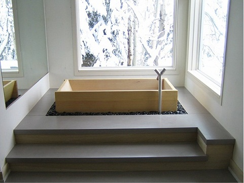 Il modello classico di vasca da Ofuro, costruito in legno Inoki è ...